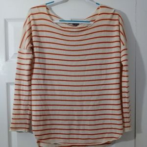 Vince women's size extra small cashmere sweater.
